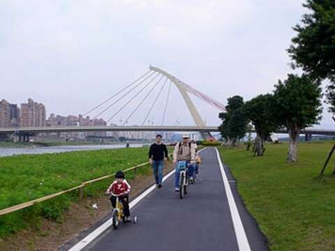 Keelung River Bicycle Trail