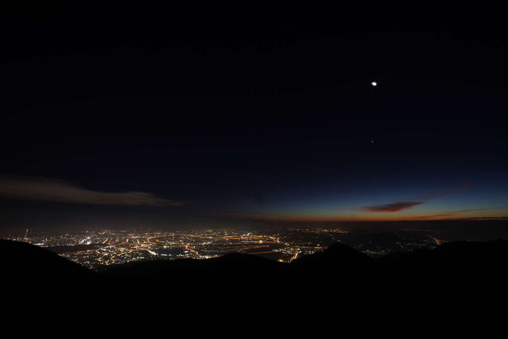 Nightscape-viewing from Yangmingshan